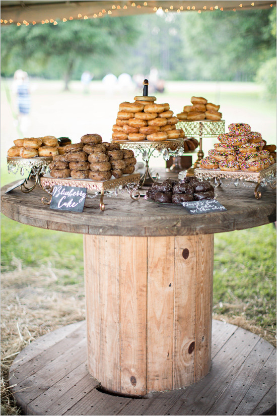 weddingdonutbar@weddingchicks-550x825