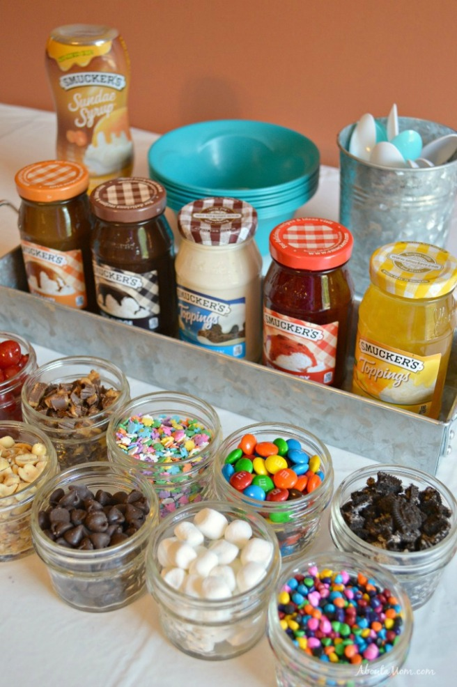 Creating-and-Ice-Cream-Sundae-Bar-1