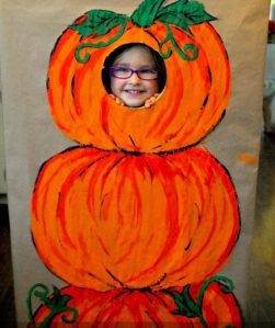 diy-photo-booth-harvest-party-idea