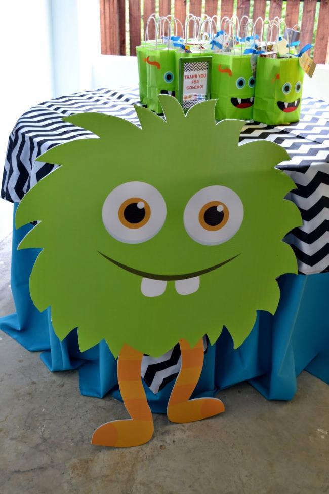 monster-themed-boys-birthday-bash-favor-table-ideas