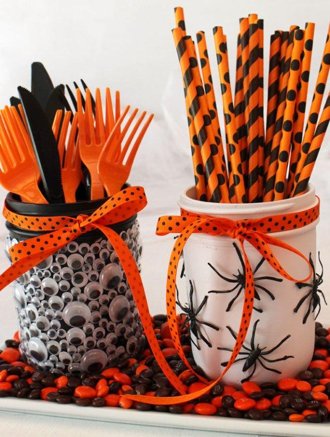 spooky-halloween-mason-jars4