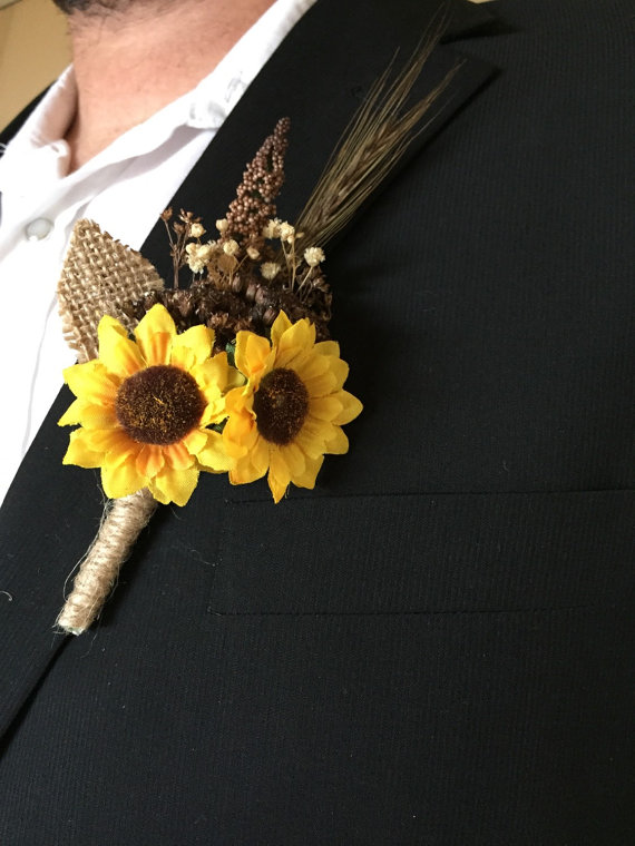 sunflower boutineer