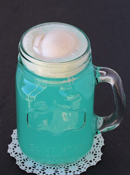 snowball-party-punch-recipe-from-thefrugalgirls-com_