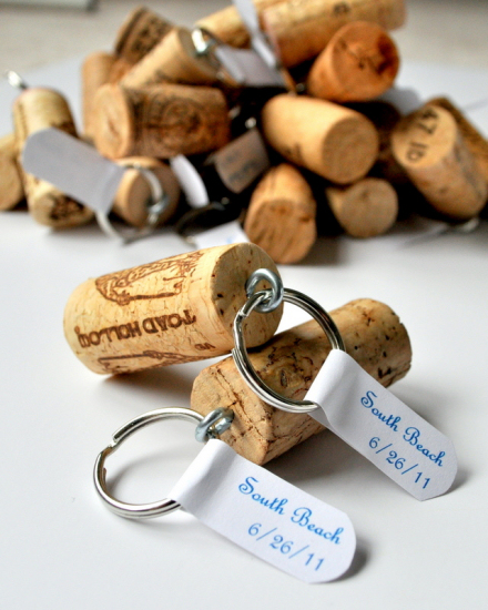 wine-cork-projects-wine-cork-keychains-from-cleverly-inspired